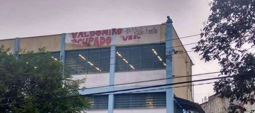 #DesGovernoAlckmin: Alunos ocupam escola em Santo André que será fechada
