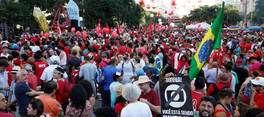 É hora de intensificar a luta contra o golpe em todo Brasil