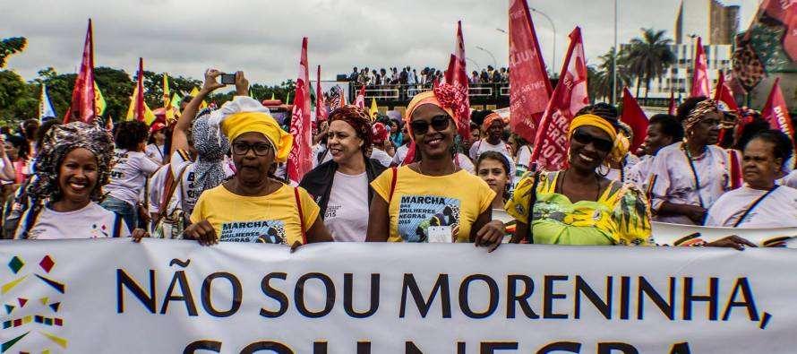 #GolpistasNãoPassarão: Violência e intolerância tentam impedir Marcha das Mulheres Negras