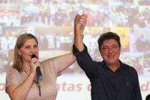 Vereadora Bete Siraque recebe prefeito Carlos Grana em plenária de prestação de contas