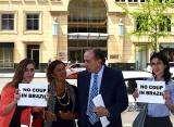 Porque o Sen. Aloysio Nunes foi a Washington um dia depois da votação do impeachment?