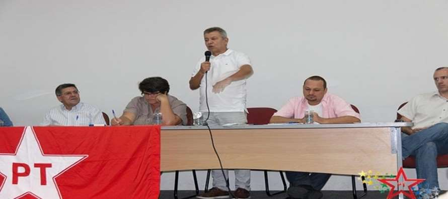 """Em plenária na Macro Sorocaba, Luiz Turco defende """"reorganização"""" do PT para superar desafios"""