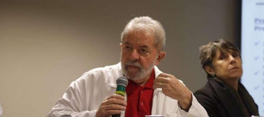 """Lula: """"Chegou a hora do PT se reencontrar com a sociedade"""""""