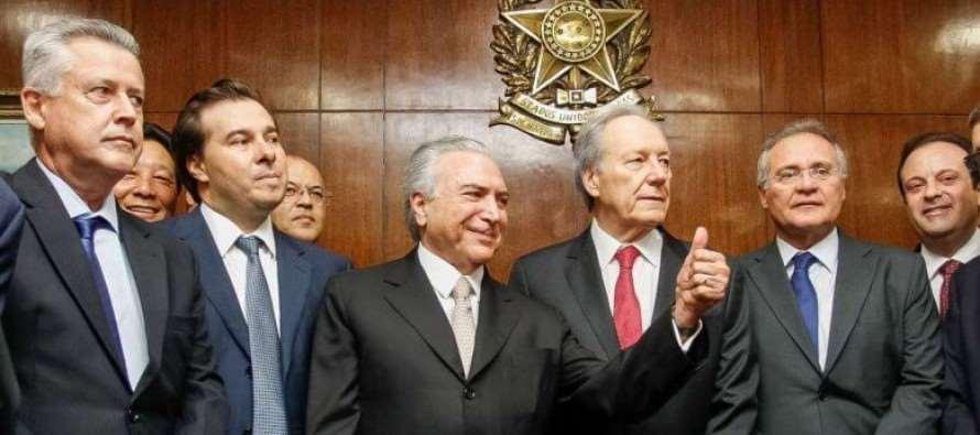 Um ano depois de golpe, usurpador Temer acumula denúncias e paralisa país
