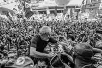 'Manifesto ao Povo Brasileiro': eleições livres e com Lula para superar a crise