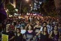 Mulheres fazem atos em 24 cidades contra PEC que proíbe o aborto