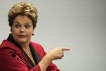 Dilma veta financiamento privado. Grande vitória da democracia