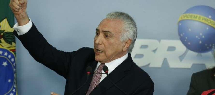 Janot denuncia Temer como chefe do 'quadrilhão' do PMDB na Câmara