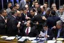 Mais um golpe: Comissão de Orçamento permite a Temer rombo de R$ 318 bilhões até 2018