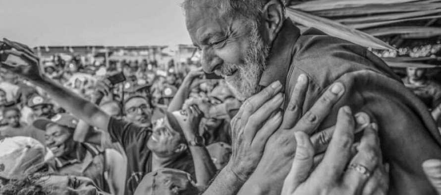 Lula favorito do povo e líder em todos cenários para 2018, revela pesquisa CNT/MDA