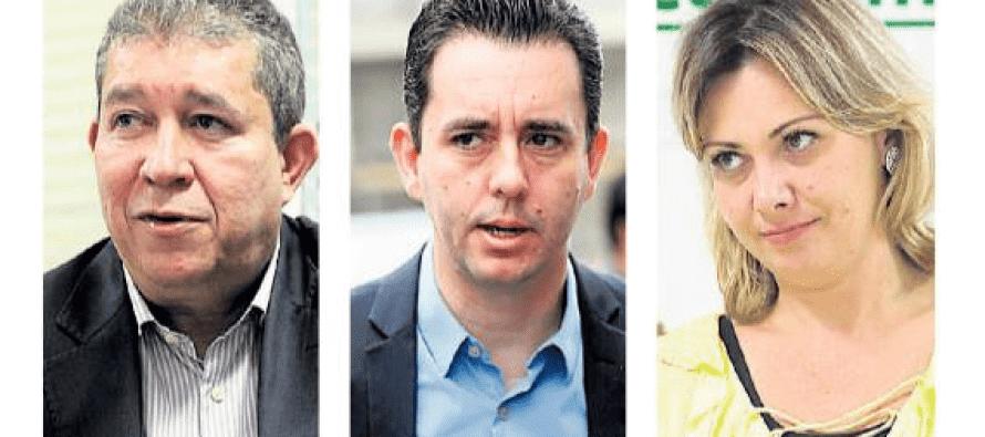 Crise na Saúde: Paulinho muda secretários para continuar tudo como está