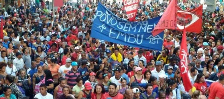 MTST protesta contra cortes no Minha Casa Minha Vida promovido pelo golpista Temer